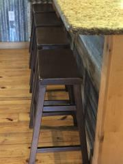 rustic_retreat_barstools